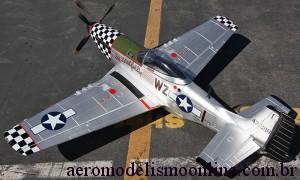 Aeromodelo Giant P-51 Mustang