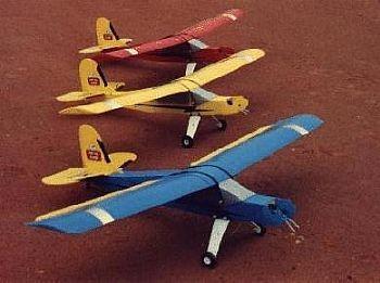 Aeromodelo Piper J3 Artal