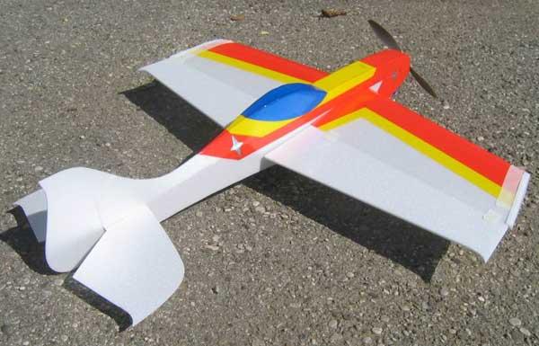Aeromodelo Ultron 3D desenhado a partir do zero
